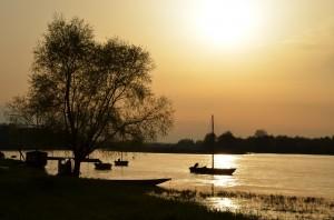 lever de soleil sur les bords de Loire. apprendre la photo
